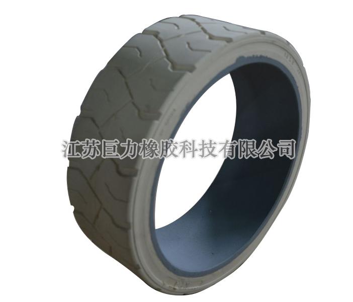 压配式实心轮胎